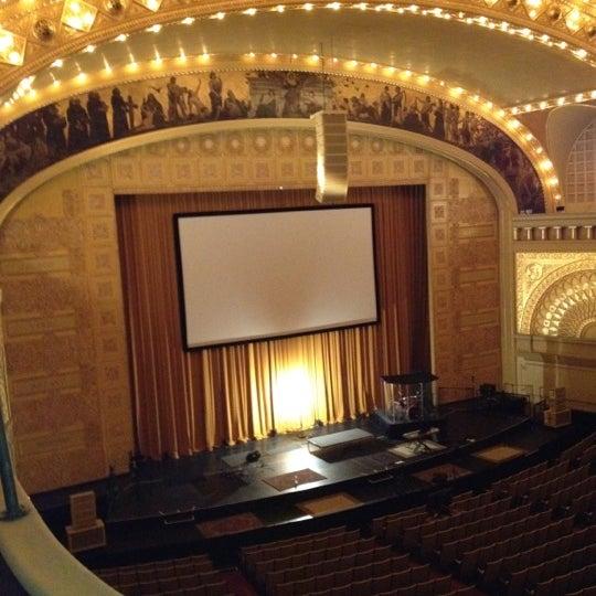 7/12/2012 tarihinde Tully M.ziyaretçi tarafından Auditorium Theatre'de çekilen fotoğraf