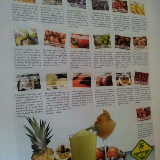 3/23/2012にMatteo D.がAçaí Frullateriaで撮った写真