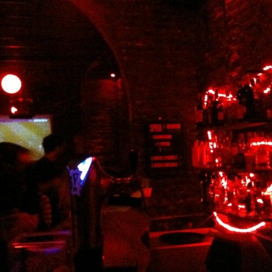 9/8/2012 tarihinde Stanley M.ziyaretçi tarafından Sugar Bar'de çekilen fotoğraf
