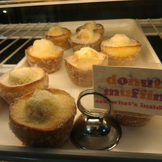 Das Foto wurde bei Flying Monkey Bakery von Jin C. am 8/16/2012 aufgenommen