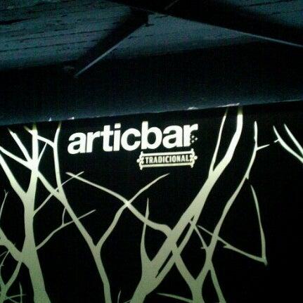6/23/2012 tarihinde Diana Z.ziyaretçi tarafından Articbar México'de çekilen fotoğraf
