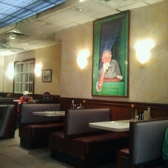 Photo prise au Morning Star Cafe par Stan S. le5/27/2012