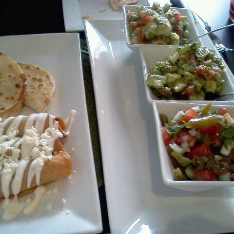 Foto tirada no(a) The MexZican Gourmet por Nadia B. em 4/6/2012