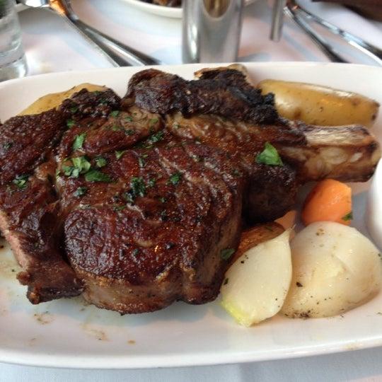 7/18/2012にLeo H.がEpic Steakで撮った写真