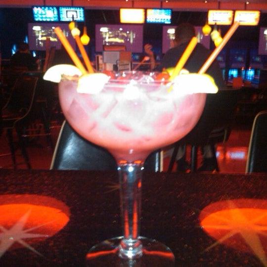Снимок сделан в Kings Dining & Entertainment пользователем Nicholas R. 8/20/2012