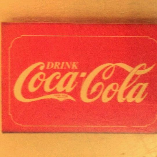 Das Foto wurde bei Matchbox Vintage Pizza Bistro von Brad P. am 7/29/2012 aufgenommen