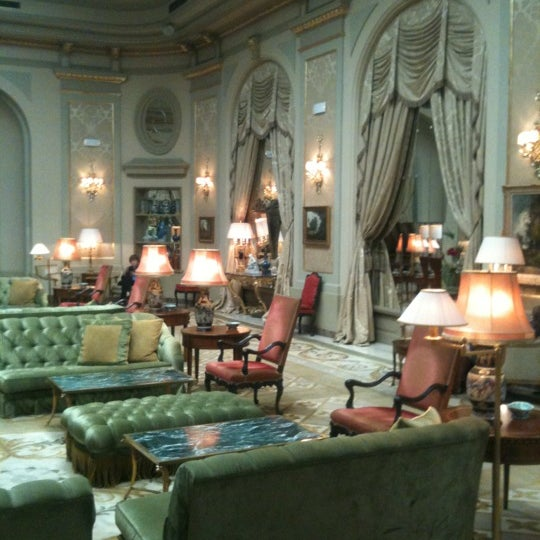 Foto tirada no(a) El Palace Hotel Barcelona por Максим Я. em 9/9/2012