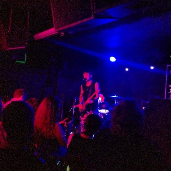 Foto tomada en Rock & Roll Hotel por Gregg J. el 7/31/2012
