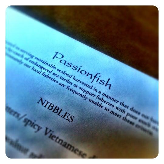 5/12/2012에 Adri H.님이 Passionfish에서 찍은 사진