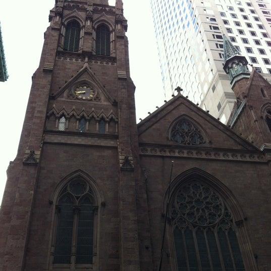 Foto diambil di Fifth Avenue Presbyterian Church oleh JJay043 pada 4/27/2012
