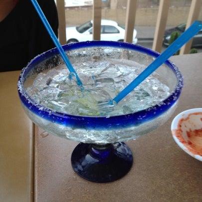 รูปภาพถ่ายที่ Cafe Coyote โดย Kris W. เมื่อ 8/3/2012