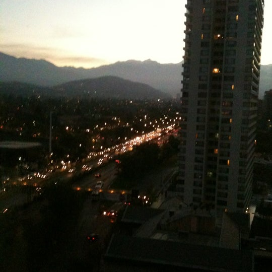 รูปภาพถ่ายที่ Courtyard by Marriott Santiago Las Condes โดย Cristóbal M. เมื่อ 4/11/2012