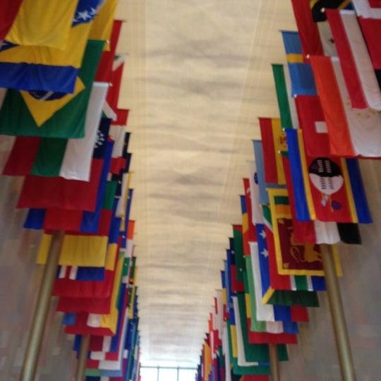 Снимок сделан в The John F. Kennedy Center for the Performing Arts пользователем Shaggy N. 6/12/2012
