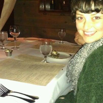 Photo prise au Honu Kitchen And Cocktails par Madeleine K. le2/20/2012