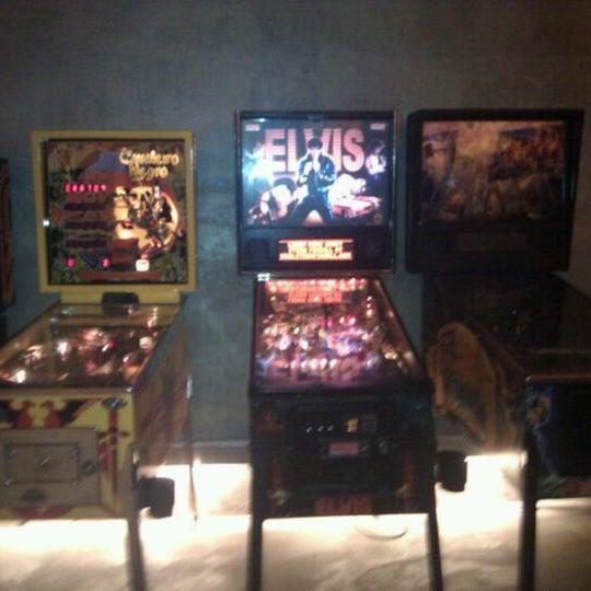 5/26/2012 tarihinde Claudio S.ziyaretçi tarafından Rock 'n' Roll Burger'de çekilen fotoğraf