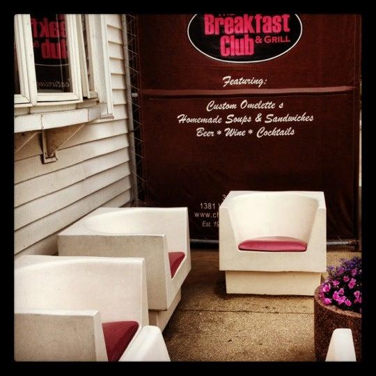 5/29/2012 tarihinde Etienne P.ziyaretçi tarafından The Breakfast Club & Grill'de çekilen fotoğraf