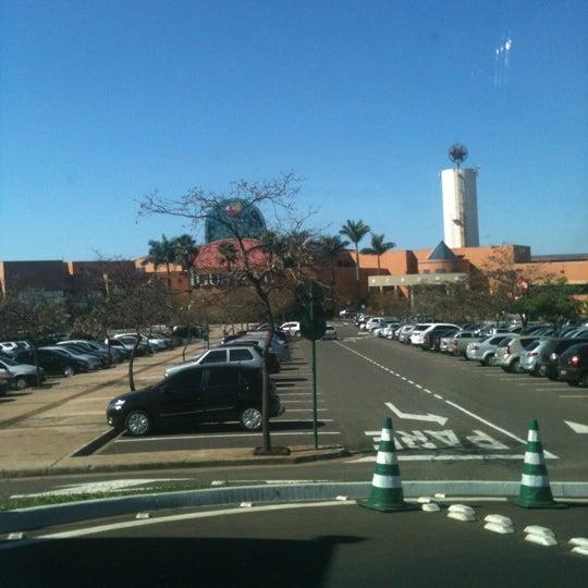 รูปภาพถ่ายที่ Shopping Iguatemi โดย Bruno C. เมื่อ 7/5/2012
