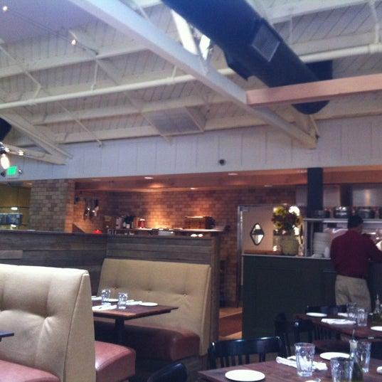 Portola Kitchen 3130 Alpine Rd