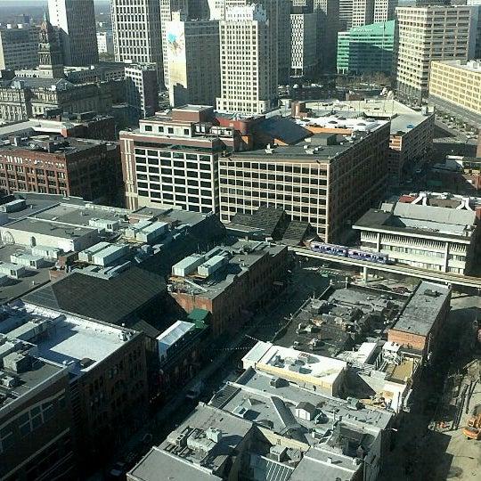 Foto scattata a Greektown Casino-Hotel da Kelly P. il 4/13/2012