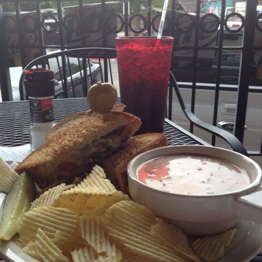 Foto tirada no(a) Hammontree's Grilled Cheese por Brandon M. em 7/14/2012