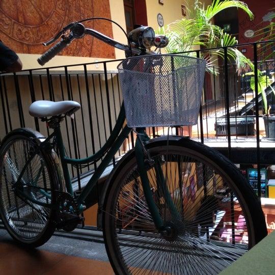 Foto tomada en Hostal Regina por Claudia C. el 7/11/2012