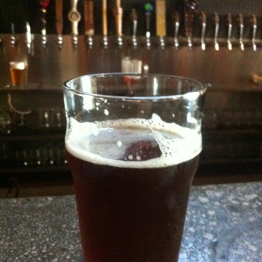 Снимок сделан в Kinetic Brewing Company пользователем Will B. 6/26/2012