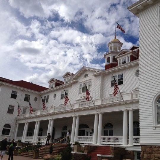 Снимок сделан в Stanley Hotel пользователем Hubert F. 9/2/2012