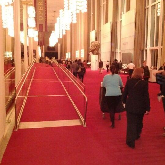 Снимок сделан в The John F. Kennedy Center for the Performing Arts пользователем Creighton H. 3/4/2012
