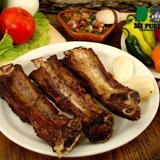 Das Foto wurde bei Mi Pueblito Restaurant Bar & Grill von Pedro C. am 2/21/2012 aufgenommen
