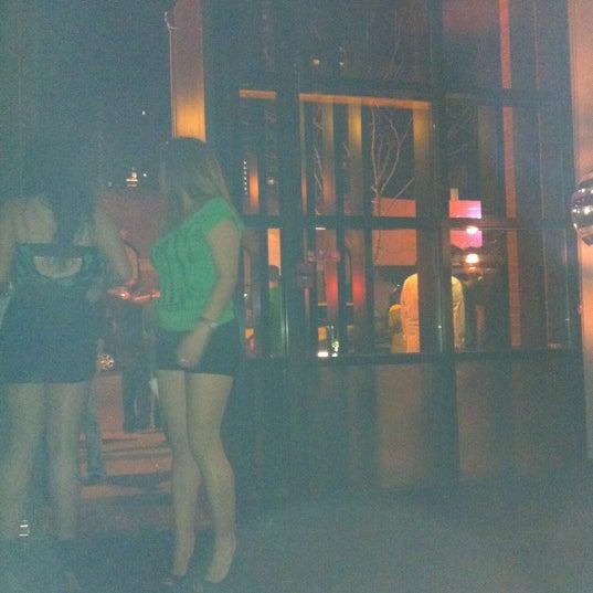 3/18/2012에 Kungfah K.님이 Chloe Discotheque에서 찍은 사진