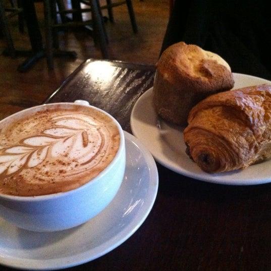 Foto tomada en Indian Road Café por Clement H. el 3/31/2012