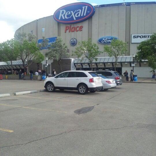 6/20/2012 tarihinde Adam B.ziyaretçi tarafından Northlands Coliseum'de çekilen fotoğraf