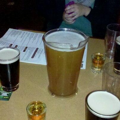 Foto diambil di San Jose Bar & Grill oleh Linh T. pada 3/18/2012