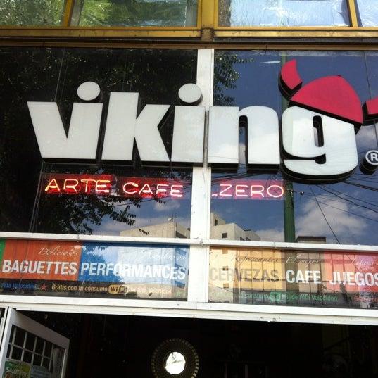 Das Foto wurde bei Viking - Arte Café Punto Zero von Arturo😃 R. am 6/9/2012 aufgenommen