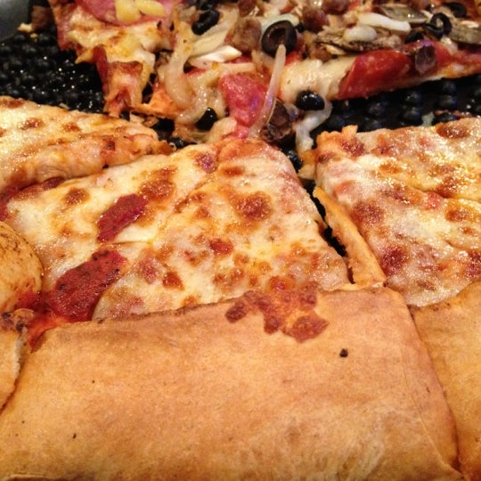 9/2/2012にM B.がWoodstock's Pizzaで撮った写真