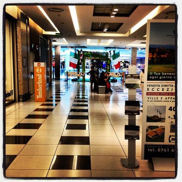 Foto scattata a Centro Commerciale Parco Leonardo da Christian Evren L. il 3/31/2012