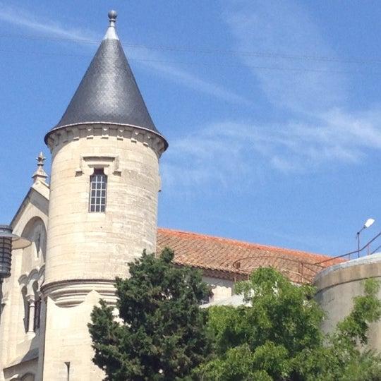 รูปภาพถ่ายที่ Chateau Ventenac โดย Lindsay M. เมื่อ 8/3/2012