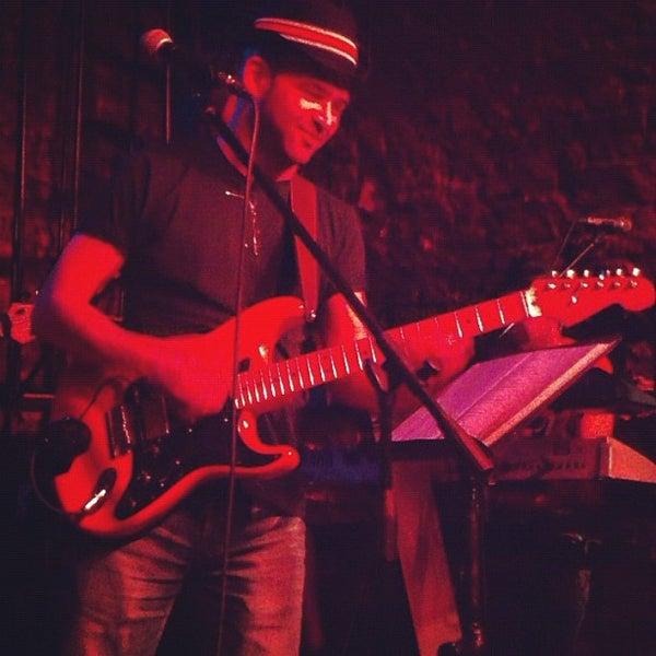 Foto diambil di Mask Live Music Club oleh Hakan G. pada 2/15/2012