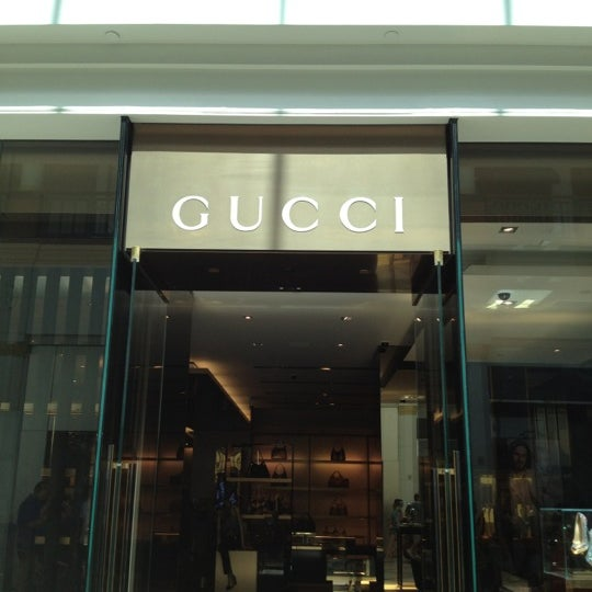 Gucci 350 Mall Blvd Ste 3002
