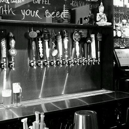 Foto diambil di Buddha Beer Bar oleh D pada 3/27/2012