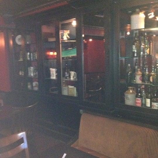 5/21/2012 tarihinde Parisziyaretçi tarafından The Dubliner'de çekilen fotoğraf