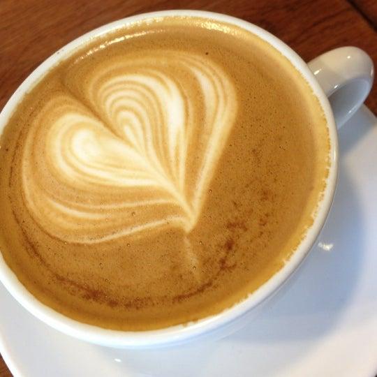 4/21/2012にamin r.がCondesa Coffeeで撮った写真