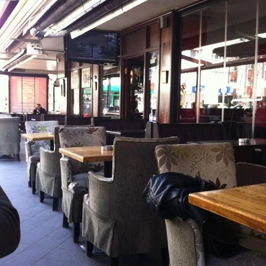Снимок сделан в Hobby Cafe пользователем Nurlan K. 3/25/2012
