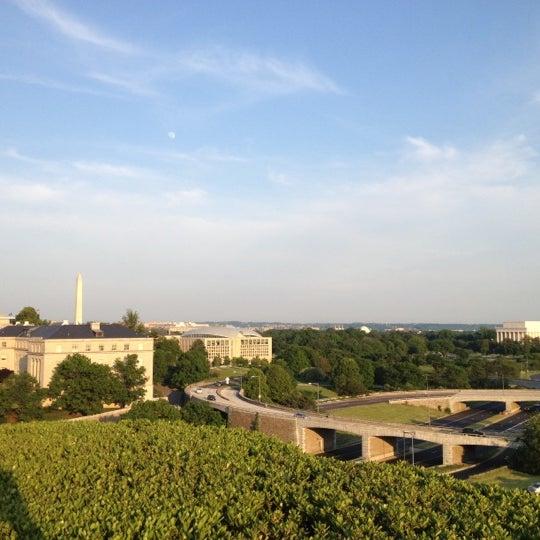 5/3/2012 tarihinde Michael B.ziyaretçi tarafından The John F. Kennedy Center for the Performing Arts'de çekilen fotoğraf