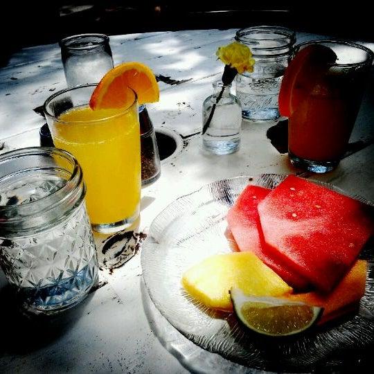 Das Foto wurde bei Papi Tino's von Jin C. am 4/29/2012 aufgenommen