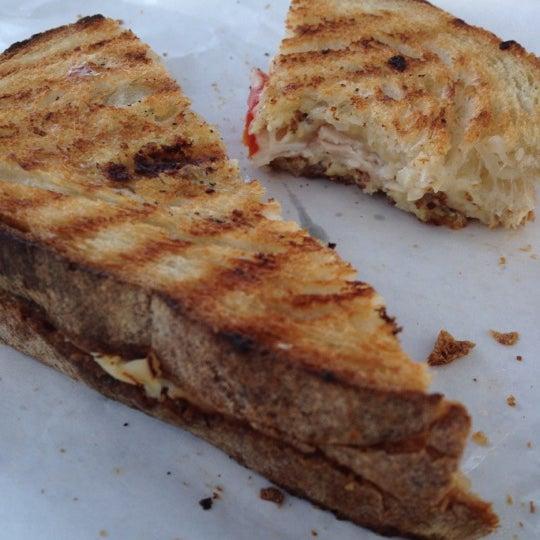 Das Foto wurde bei Beecher's Handmade Cheese von Michael D. am 8/13/2012 aufgenommen