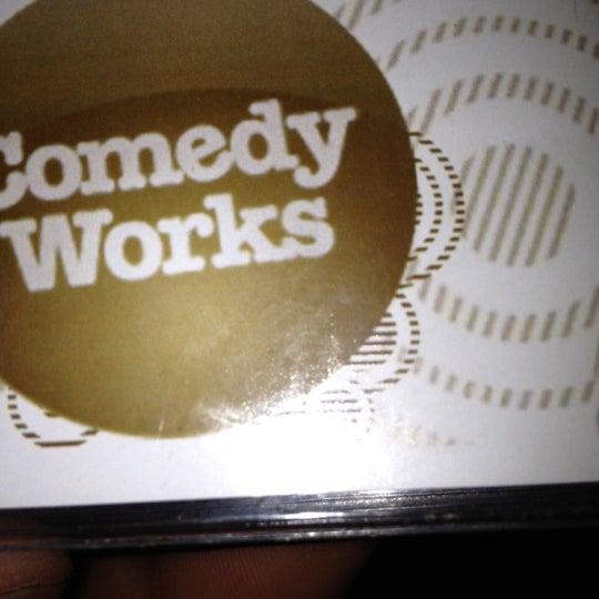 3/25/2012 tarihinde Jessica O.ziyaretçi tarafından Comedy Works Downtown in Larimer Square'de çekilen fotoğraf