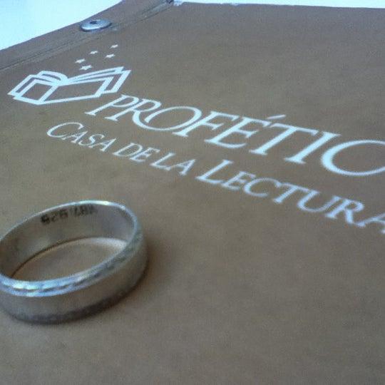 2/18/2012에 Araceli K.님이 Profética - Casa de la Lectura에서 찍은 사진