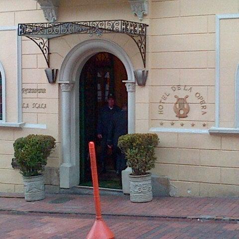 รูปภาพถ่ายที่ Hotel de la Opera โดย Deivi V. เมื่อ 8/29/2012