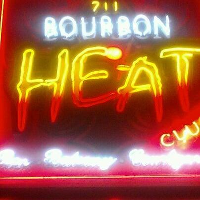 Foto tomada en Bourbon Heat por Josh M. el 3/28/2012
